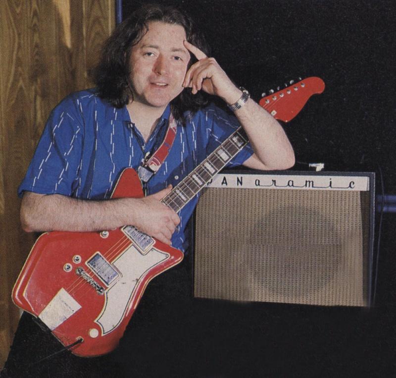Guitares électriques - Page 11 Guitar10