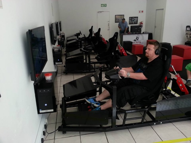 SHADOWRACING at SIMTEC RACING 19203910