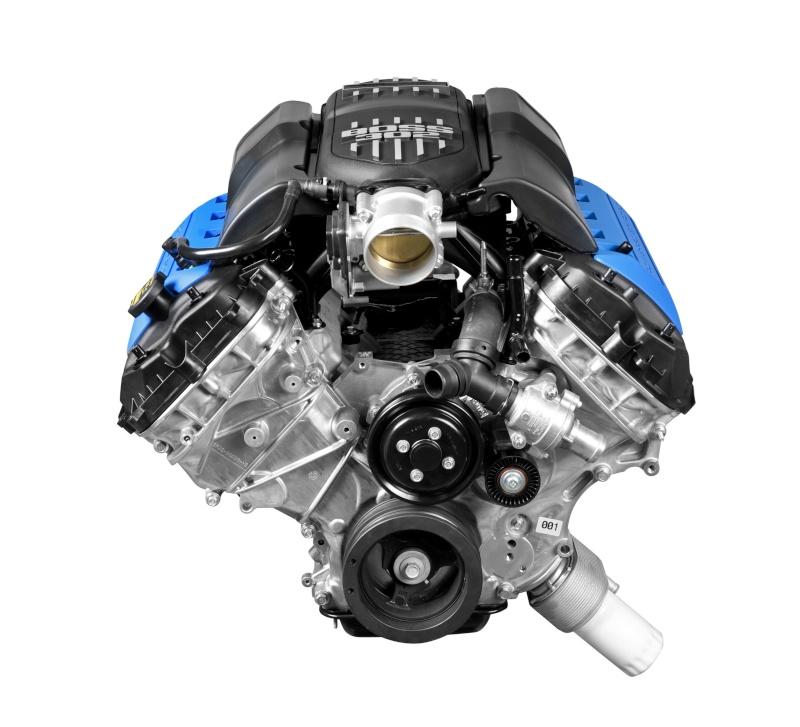 Détails du moteur Boss 302 (2013 Boss 302 de Revell) 12boss11