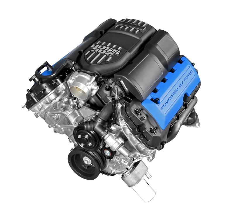 Détails du moteur Boss 302 (2013 Boss 302 de Revell) 12boss13