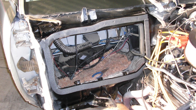 Leaking Heater Box Disassembly Cimg6613