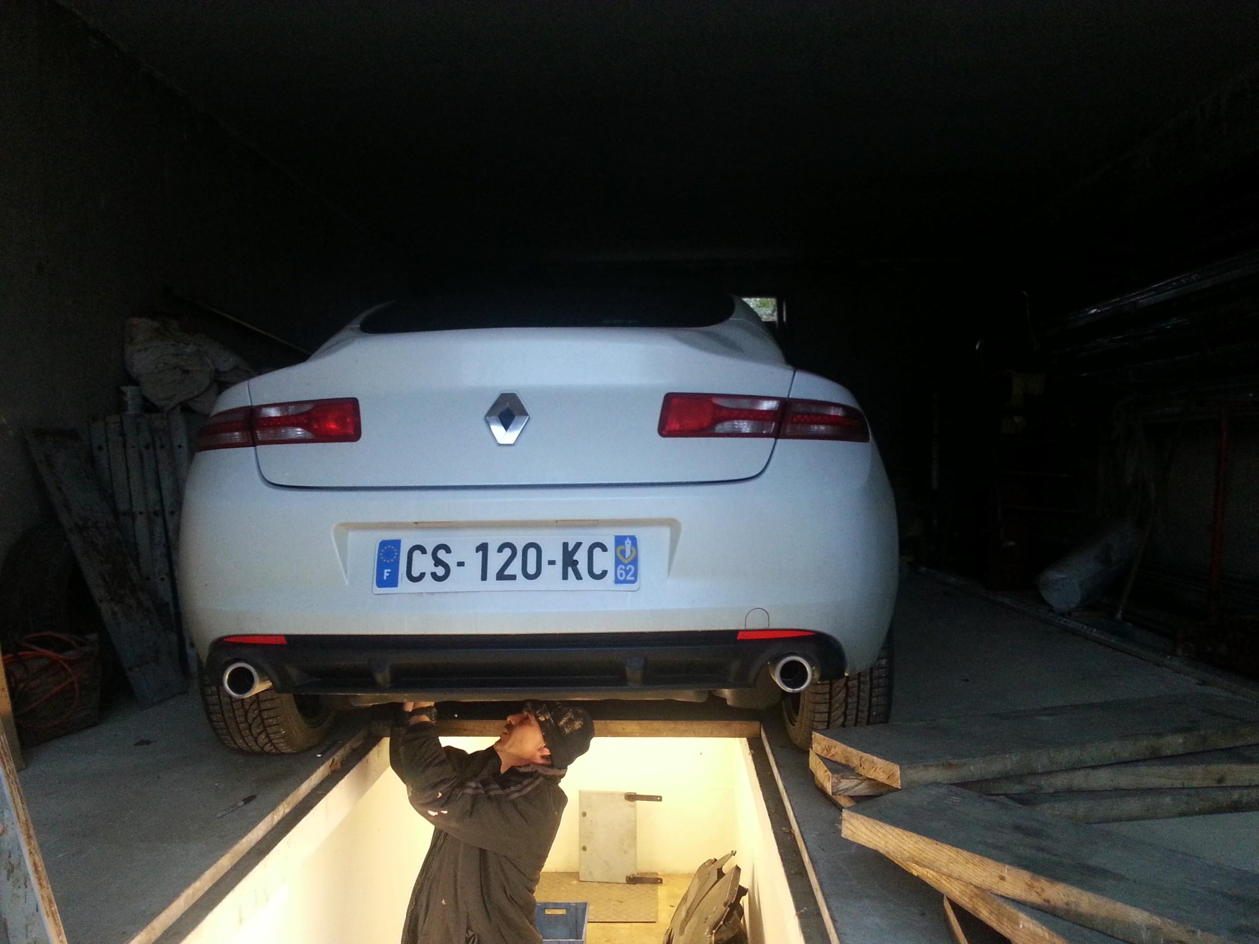 [Cédric68] Laguna III coupé GT 4Control 2,0 dCi 180  - Page 10 20131213