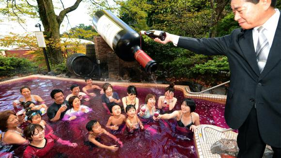 Les images et vidéos insolides Made in Japan - Page 3 Wine_a10