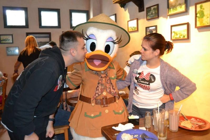 On fête nos 4ans de mariage a WDW puis Disney cruise line - Page 2 Daisy10