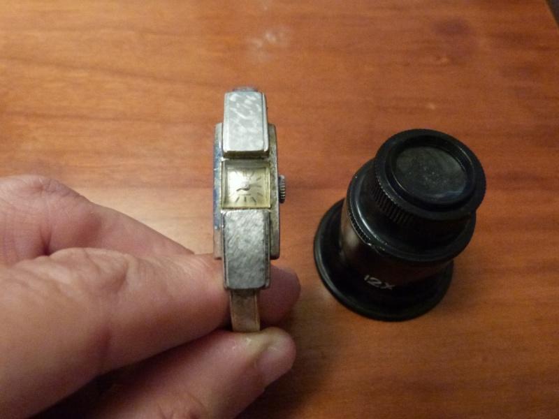 corum - [Postez ICI vos demandes d'IDENTIFICATION et RENSEIGNEMENTS de vos montres] - Page 23 P1050714