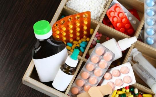 Les femmes abusent plus facilement des médicaments sur ordonnance 43044610