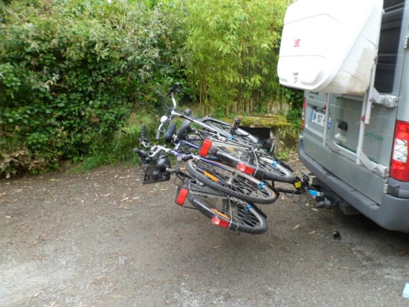 Ouverture des portes sur Master-Van avec porte vélo sur attelage Sam_7511