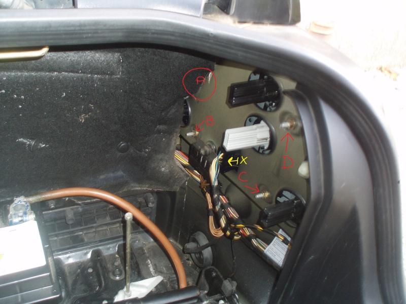 Changement Feux AR et satelittes portieres + clignots P1010223