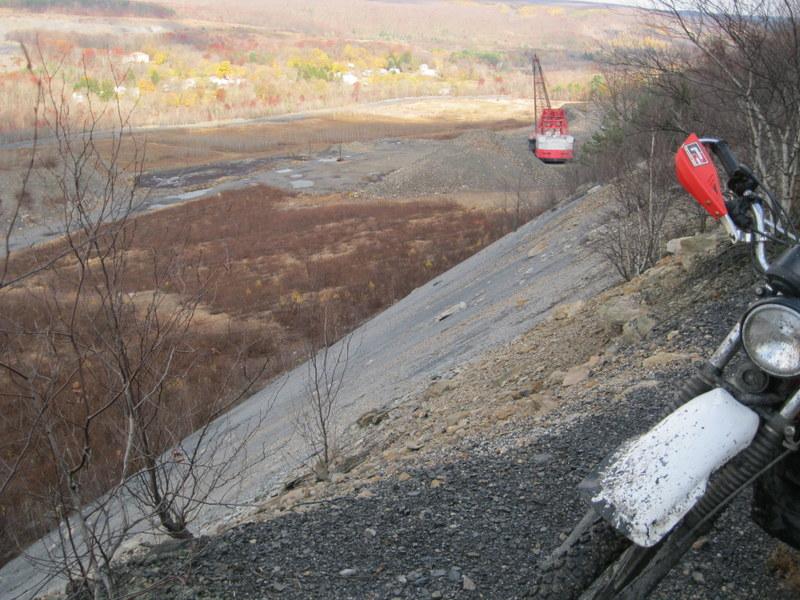 Old drag line crane/shovel Img_3718