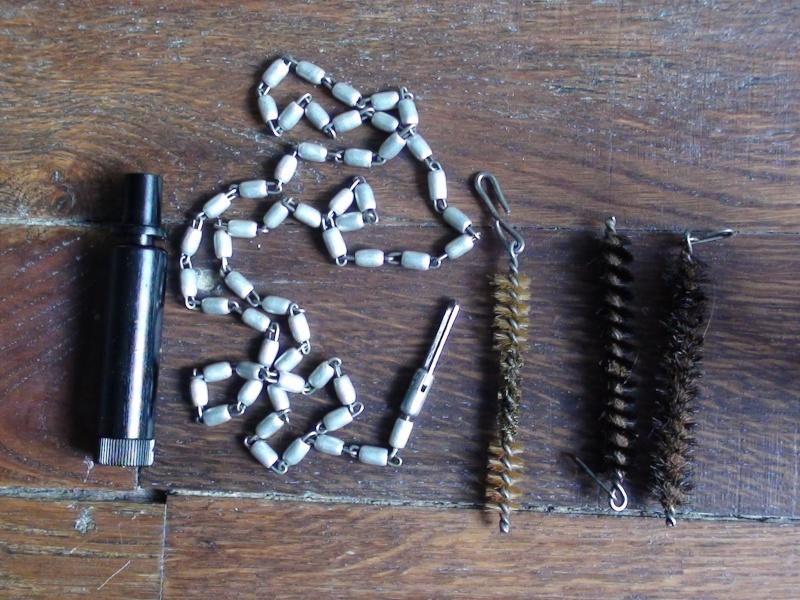 Boites de nettoyage R.G. 34 pour Mauser 98k - Page 2 Dsc00916