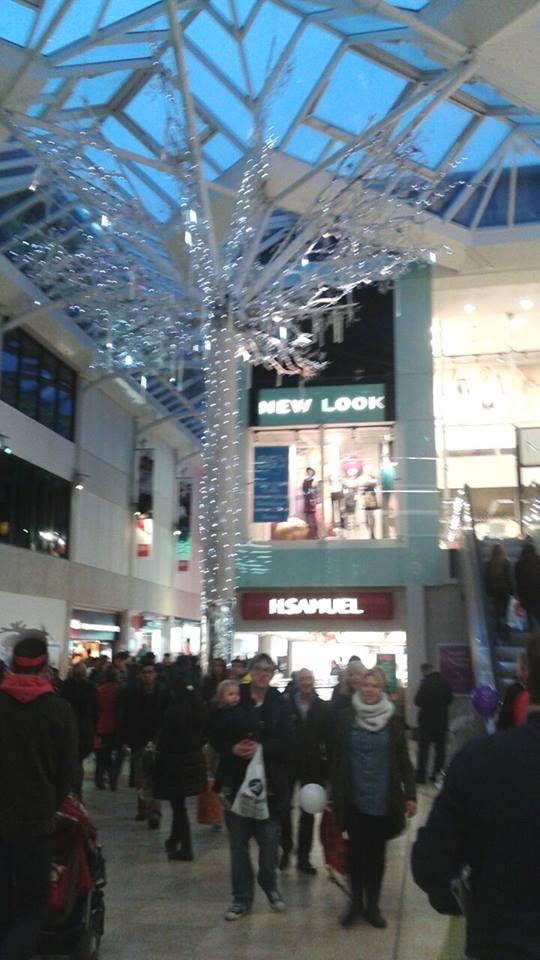 Luminarie natalizie in Italia e all'estero Inghil13