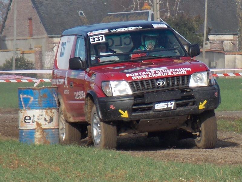 Recherche photos ou vidéos du 337 (Toyota Rouge) Rscn0211