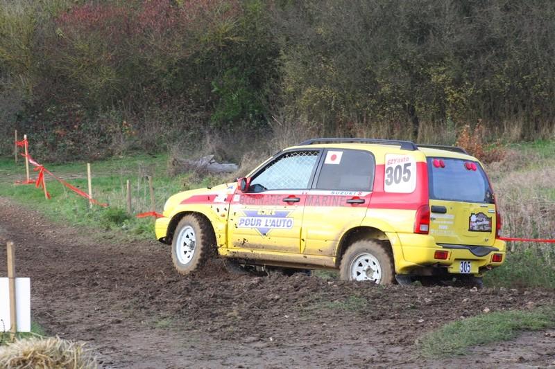 Recherche photos ou video Suzuki jaune N°305 Img_8811