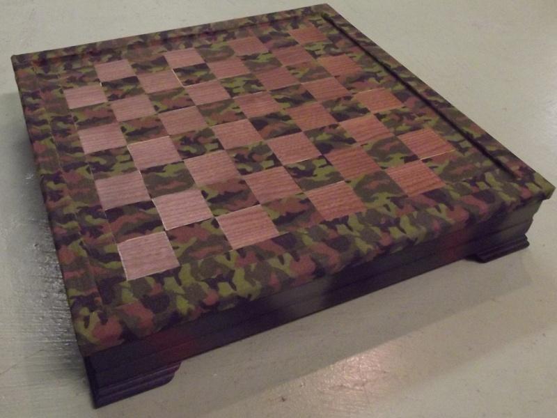 Checkers Anyone ? Milita11
