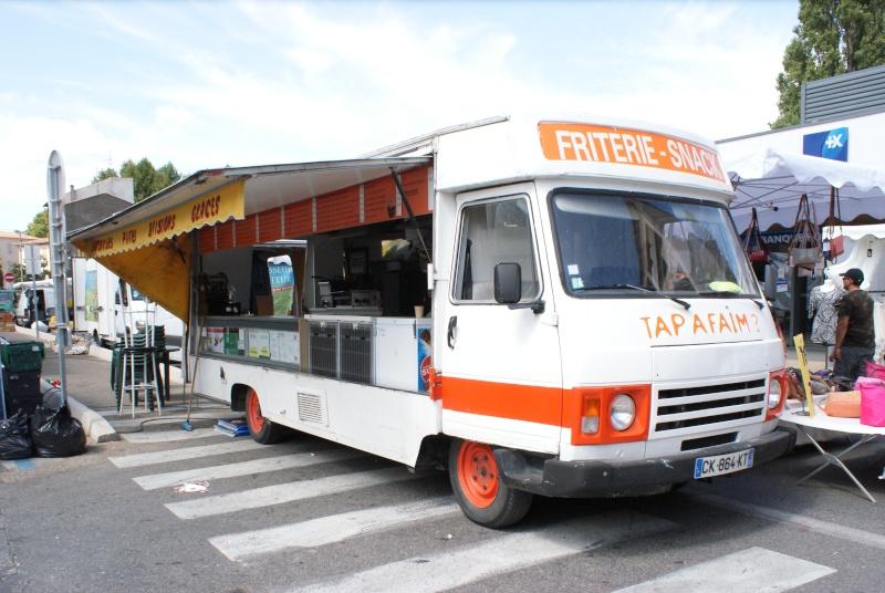 Les camions magasins (Pizza, marchés, etc etc) - Page 2 Dsc07711