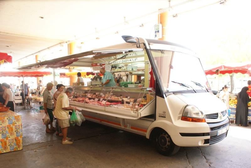 Les camions magasins (Pizza, marchés, etc etc) - Page 2 Dsc07713
