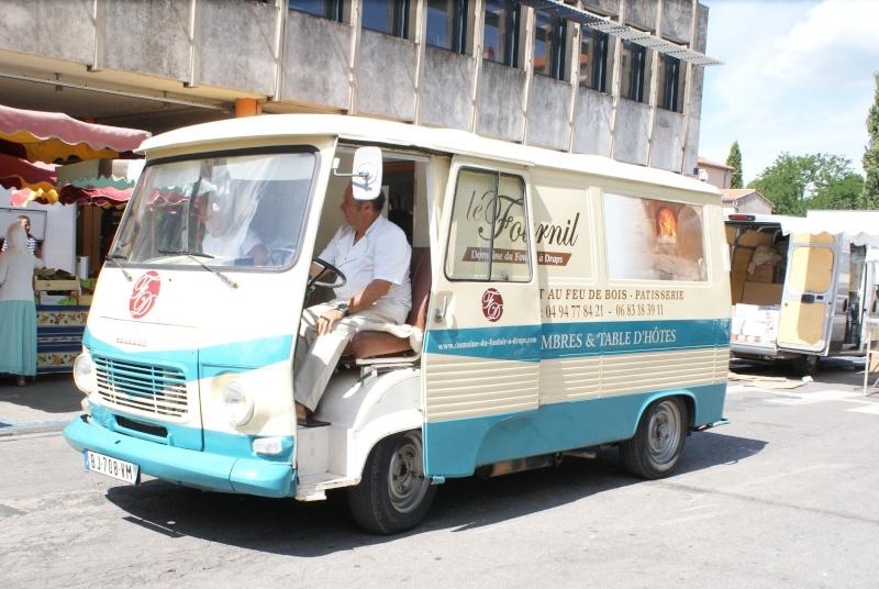 Les camions magasins (Pizza, marchés, etc etc) - Page 2 Dsc07718