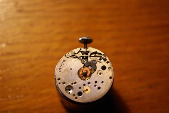 vulcain - [Postez ICI vos demandes d'IDENTIFICATION et RENSEIGNEMENTS de vos montres] - Page 23 Imgp0615