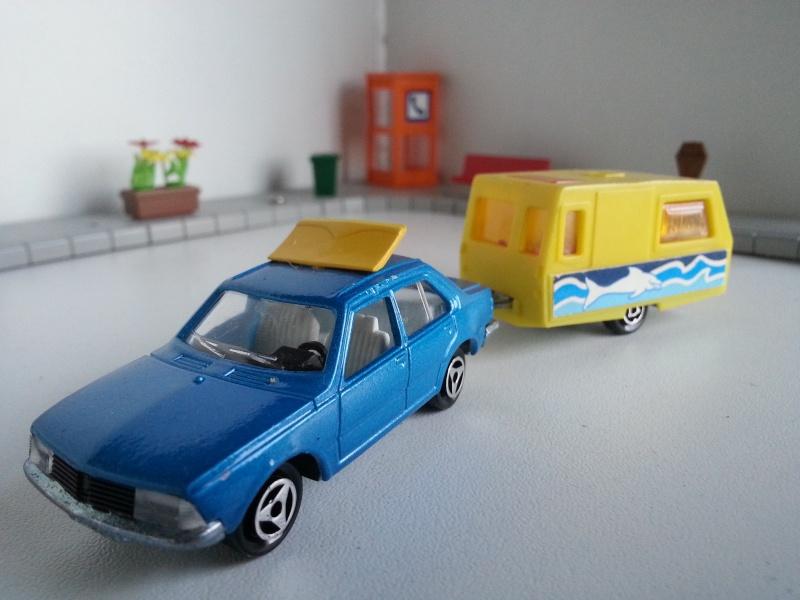 N°368 Renault 18 + Caravane Saint Tropez 20141223