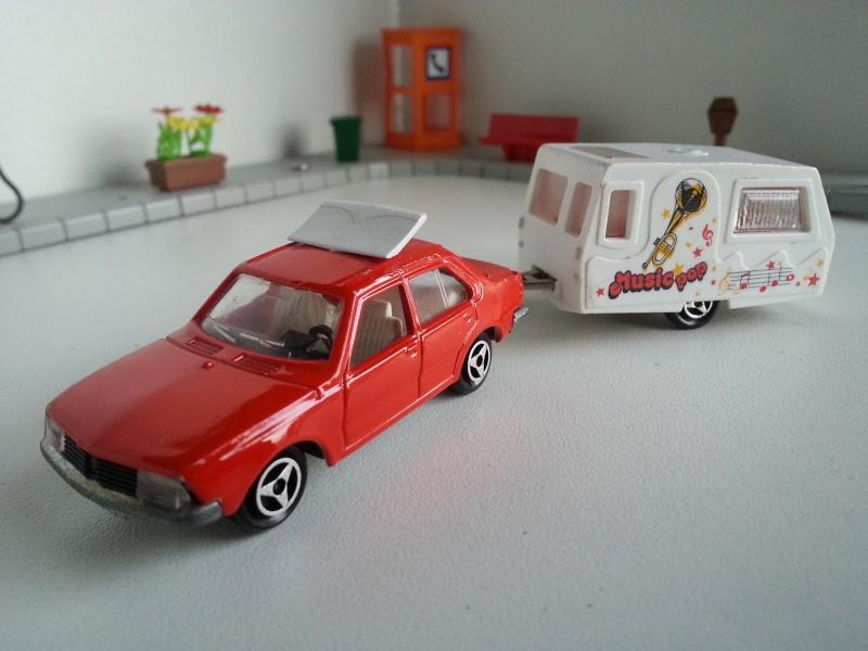 N°368 Renault 18 + Caravane Saint Tropez 20141224