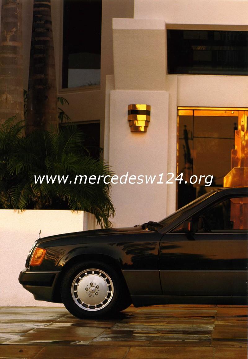 Les coupés Mercedes-Benz - 230 CE - 300 CE Img04010