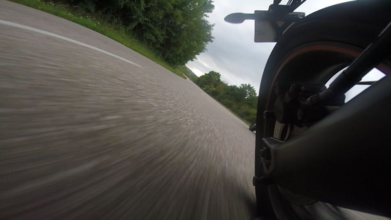 support gopro sur moto - Page 2 Vlcsna11