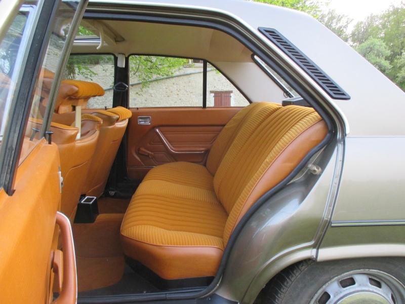La Peugeot 504 504avr10