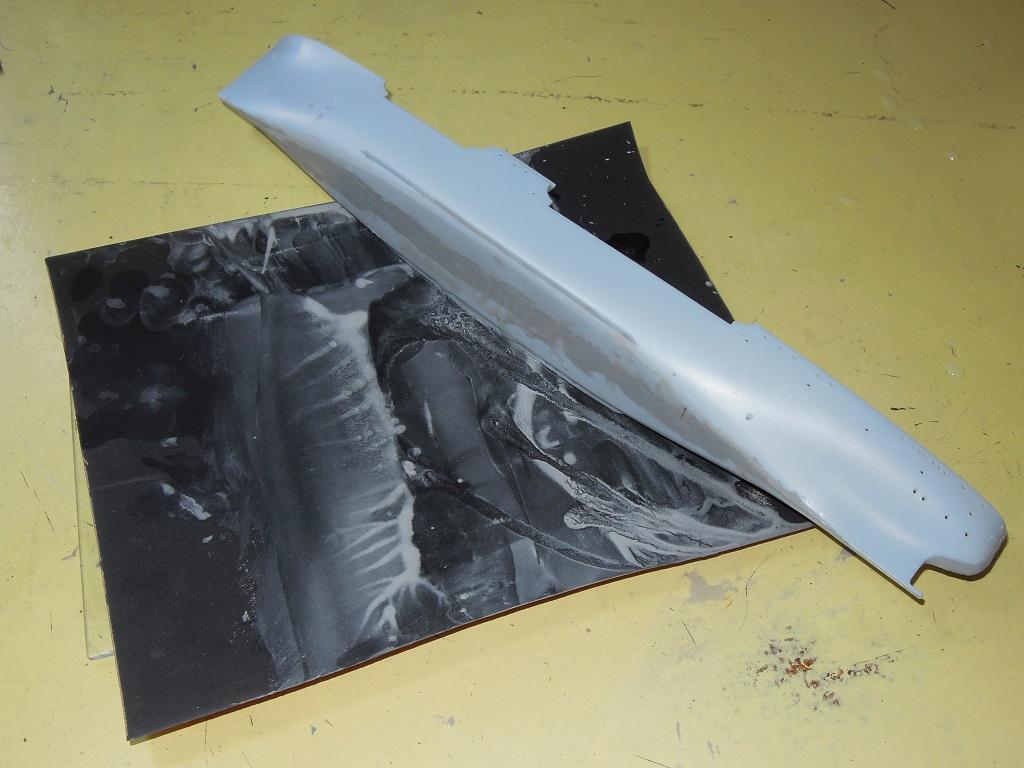 Pétrolier ravitailleur d'escadre  LA SAÔNE - HELLER 1/400  Dscn6720