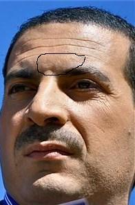 تصويت :: هل ترى كلمة كفر وكافر على جبهة عمرو خالد  ؟ Uo_doo12