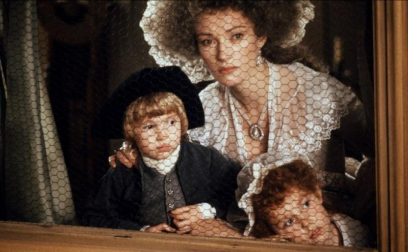 Les Années Lumières (Enrico) et Les Années Terribles (Heffron), avec Jane Seymour - Page 21 59610310