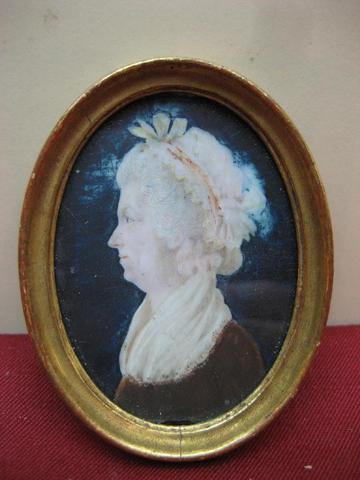 A vendre: miniatures de Marie Antoinette? B281b110