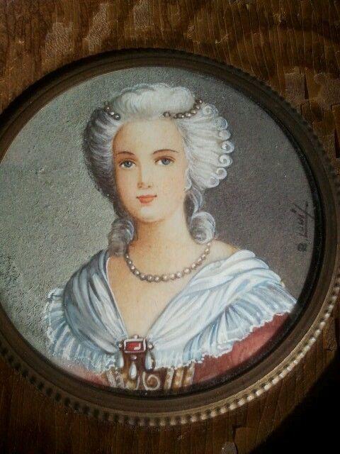 A vendre: miniatures de Marie Antoinette et de ses proches - Page 3 Zminia10
