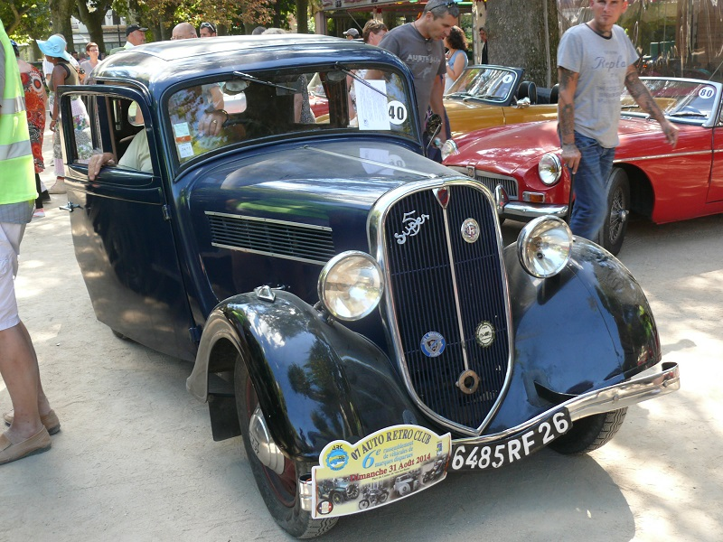 "Exposition ""les marques disparues"" 31-08-2014 à Vals les Bains (07) P1240330"