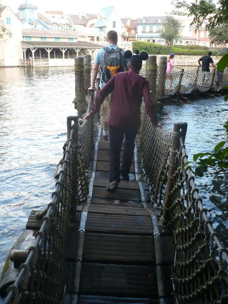 [18-31 octobre 2014] Voyage de noces à Walt Disney World et à Universal - Page 4 P1080821