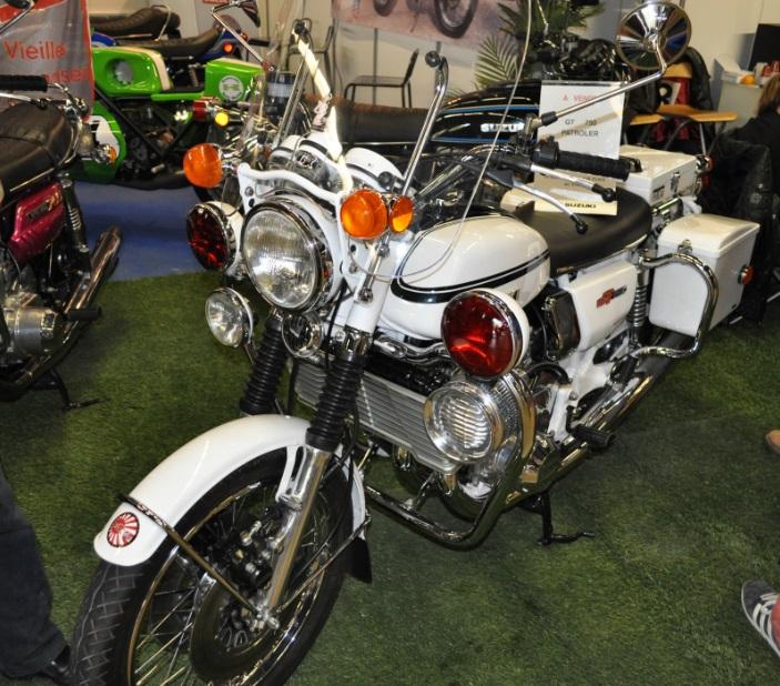 Salon moto légende 2014 Suzuki10