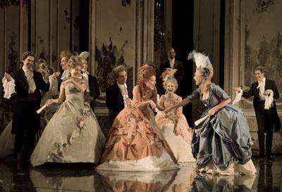 """Comédie musicale """"Marie-Antoinette"""" par Michael Kunze et Sylvester Levay Marie_12"""