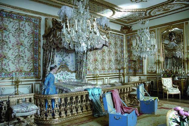 Marie Antoinette avec Kirsten Dunst (Sofia Coppola) - Page 2 Ob_40b10