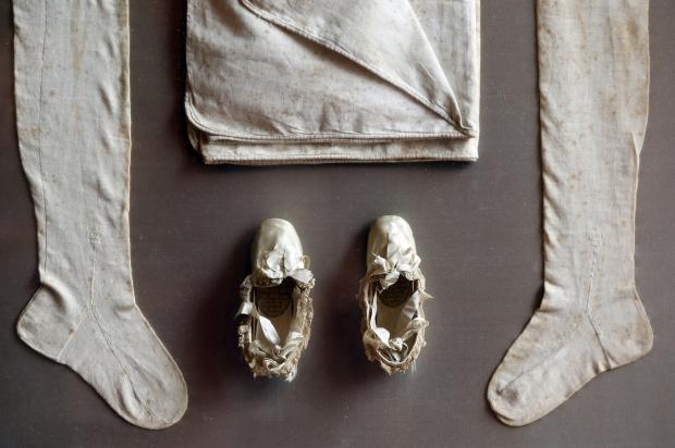 Vente exceptionnelle de reliques de Napoléon à Fontainebleau Rtr4bh12
