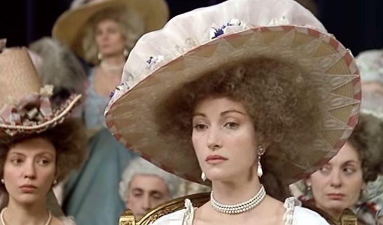 Les Années Lumières (Enrico) et Les Années Terribles (Heffron), avec Jane Seymour - Page 4 Zfed10