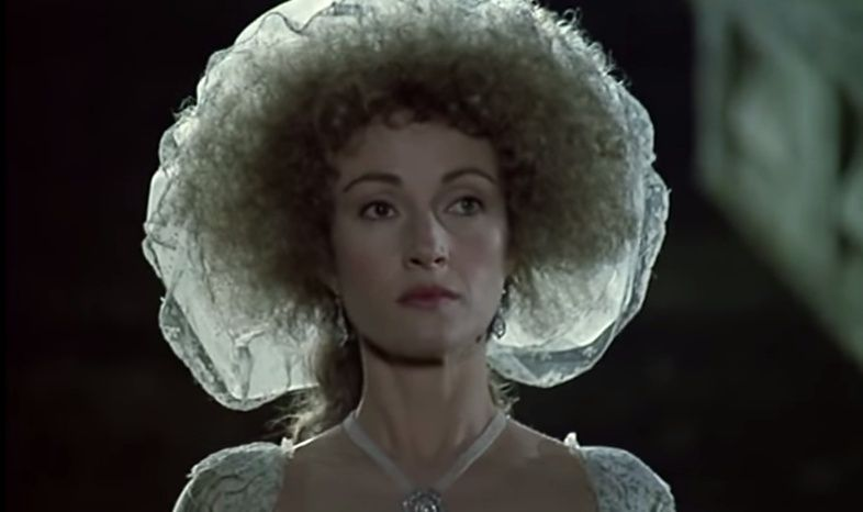 Les Années Lumières (Enrico) et Les Années Terribles (Heffron), avec Jane Seymour - Page 4 Zmir210