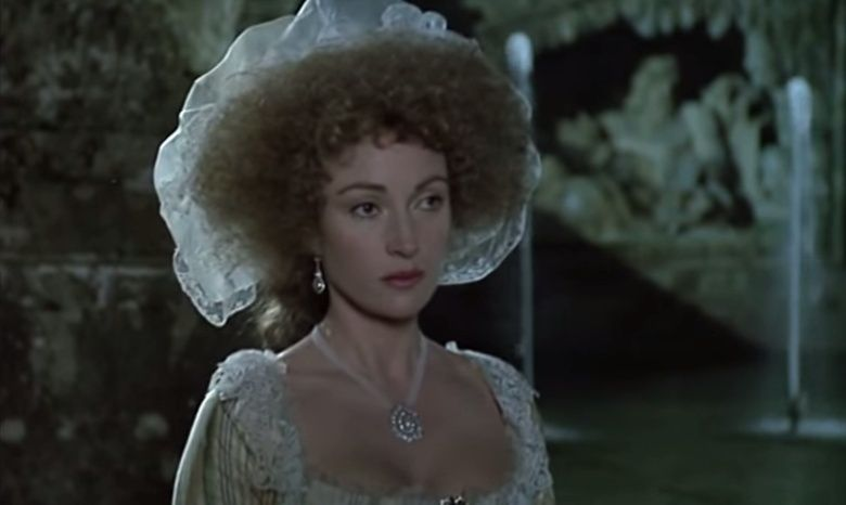 Les Années Lumières (Enrico) et Les Années Terribles (Heffron), avec Jane Seymour - Page 4 Zmir410