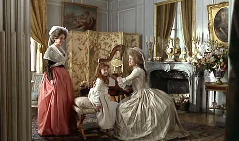 Les Années Lumières (Enrico) et Les Années Terribles (Heffron), avec Jane Seymour - Page 4 Zmont10