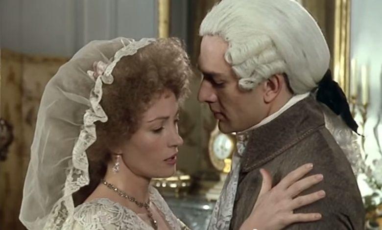 Seymour - Les Années Lumières (Enrico) et Les Années Terribles (Heffron), avec Jane Seymour - Page 4 Zmont311