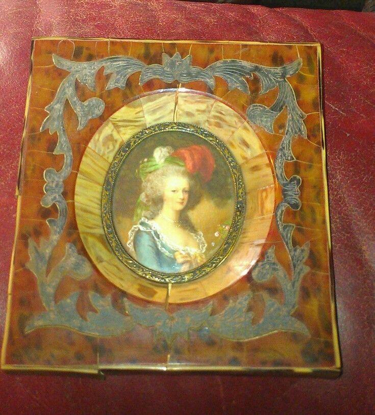 A vendre: miniatures de Marie Antoinette et de ses proches - Page 3 Zven10