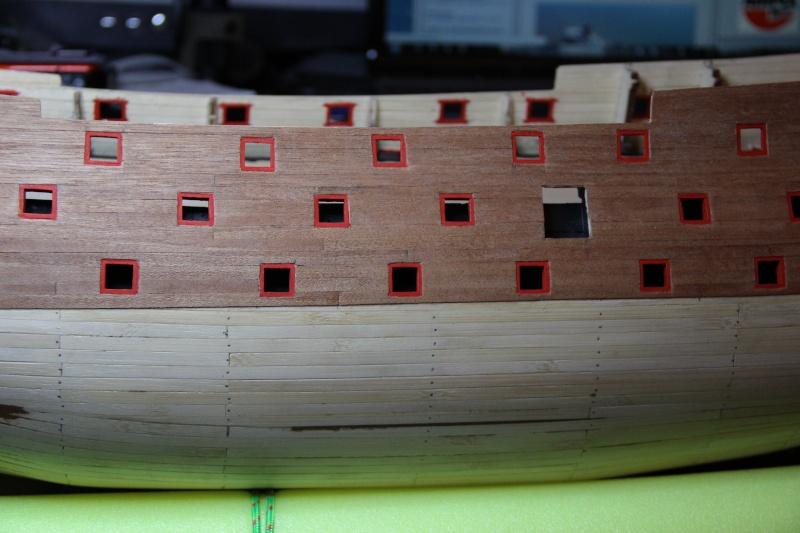Construction du Sovereign of the Seas au 1/84 (partie 1) - Page 12 Img_4218