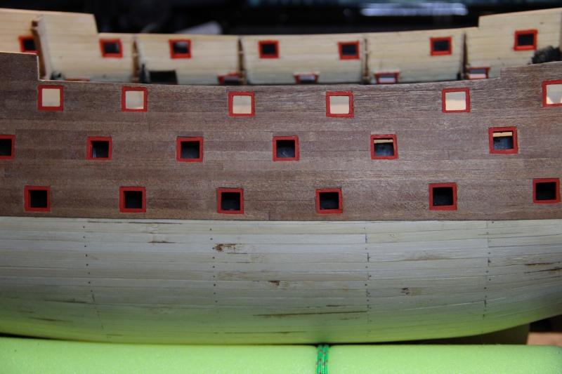 Construction du Sovereign of the Seas au 1/84 (partie 1) - Page 12 Img_4223