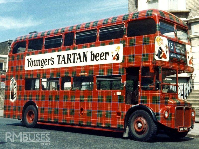 AEC Routemaster London double decker bus 1/24 Revell terminus tout le monde descend! Tartan10