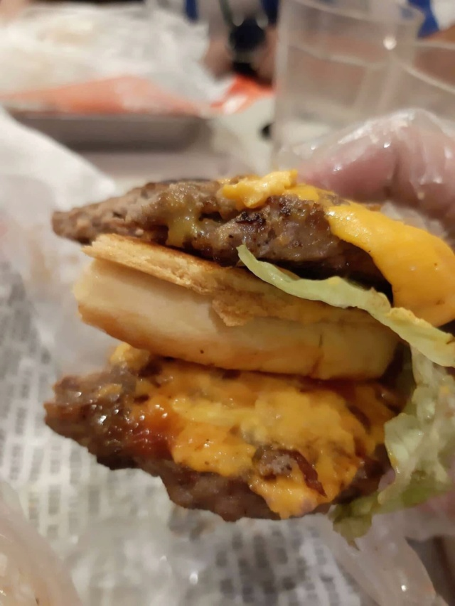 What toppings make your perfect hamburger? - Page 2 Daa33010