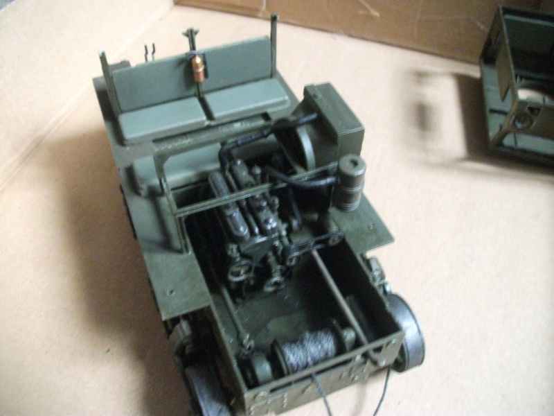 recette d' automne M4 high speed tractor 1/35 hobby boss suite ...ça continue Dscf0049