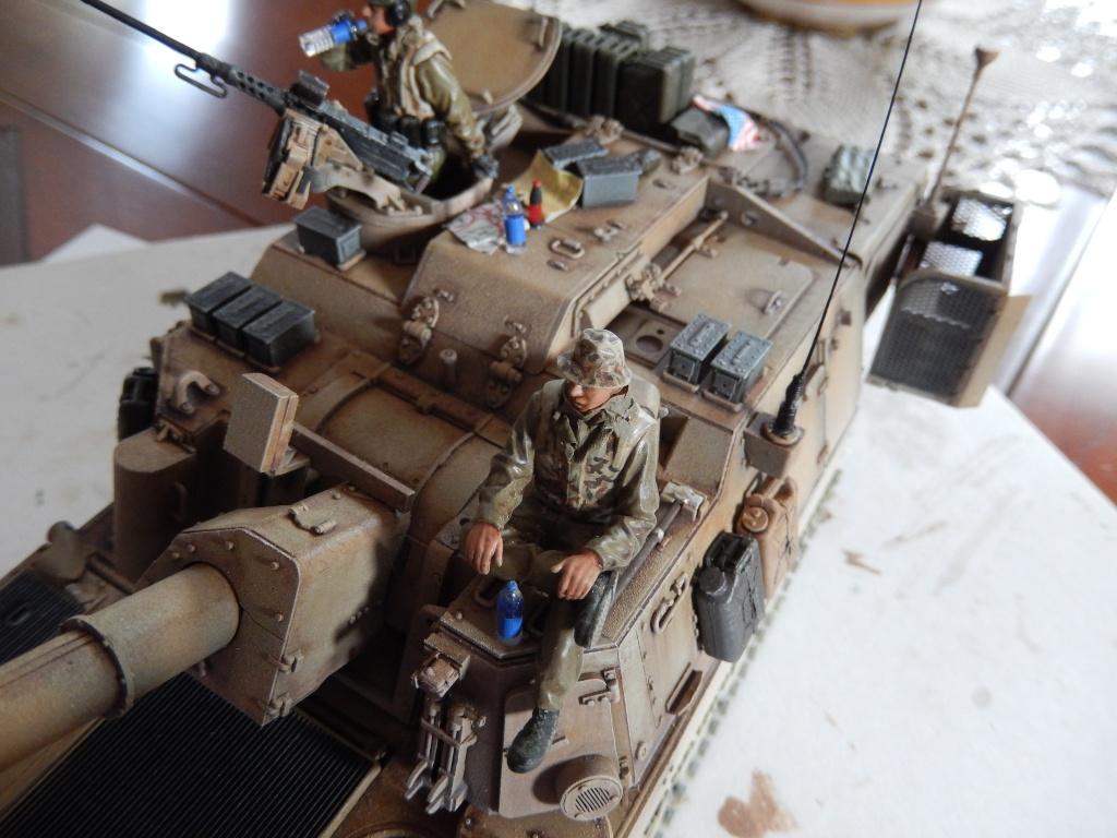 M109A6 Paladin 1/35 AFV Club [Ultronix] Dscn3211